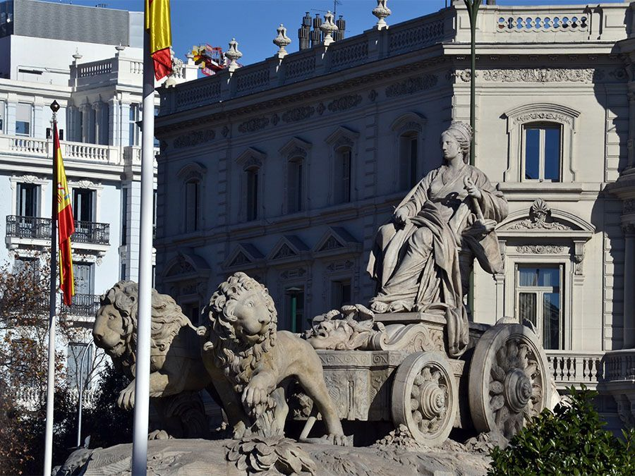 Leaf Madrid Free Tour Madrid Fuente Cibeles