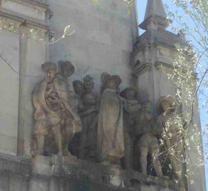 Monumento Miguel de Cervantes Plaza de España Madrid Rinconete y Cortadillo