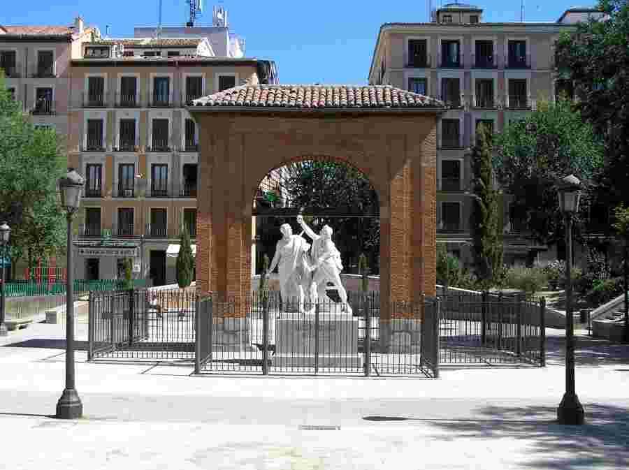 Plaza del Dos de Mayo – Barrio de Malasaña- Madrid